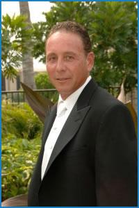 Dr. Bruce Stratt